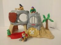 RARE 1995 Fisher Price Great Adventures Pirate Island Vintage Skull Playset XTRA