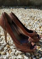 Guess Shoes Size 5 Women Heeled Peep Toes Brown Tan Evening Party Wedding Shoes
