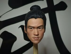 Movable Eyes 1/6 Ancient Dress-up Bruce Lee Head sculpt Muscle Body Enterbay