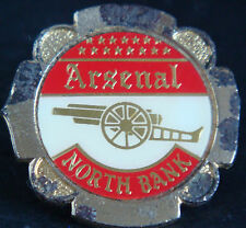 ARSENAL FC Vintage 1970s 80s insert type badge Brooch pin In gilt 31mm x 30mm
