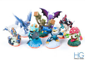 Skylanders Giants Figure Bundle - Plays on All Consoles [1]