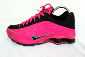 Youth/woman's Nike Shox Size 5.5Y Hot Pink / Black 312828-060