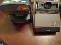 LOT OF 2 Vintage cameras POLAROID One Step Express 600, Kodak instant CAMERA.