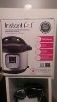 NEW Instant Pot DUO60 6 Qt 7in1 MultiUse Programmable Pressure Cooker
