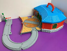 Thomas and Friends Train Tidmouth Station Take Along N Play Pre Owned