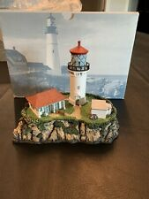 Harbour Lights Lighthouse 1999 Exclusive Kilauea Point, Hawaii With Box/Coa