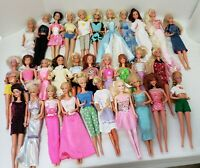 HUGE LOT OF 1966 Mattel Barbie Dolls