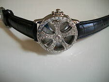 ELEGANT BLACK/SILVER FINISH LEATHER BAND SMALL FACE FASHION SPINNER WATCH