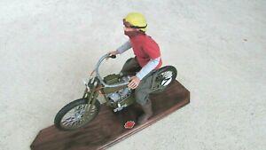 1917 HARLEY DAVIDSON V twin custom board track race motorcycle & rider 1:6 stand
