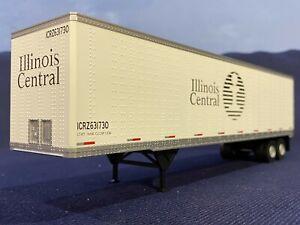 """Atlas O Scale """"O"""" 45' Pines Trailer - Illinois Central #631730"""