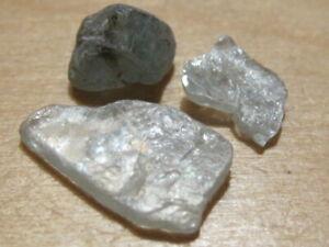 3 ruwe edelstenen BLAUWE ZIRKOON (1) zeldzaam