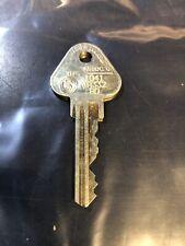 ML CUT KEY OVAL BARREL SECURITY  LOCKSPORT RESTRICTED LOCK PADLOCK