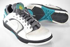 d78ff25f1b1c Nike Huarache Women s Size 7 (M) Vintage Running Shoes 385433-111