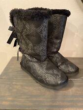 Ugg Bailey III Bow Womens Black Glitter Snakeskin Lined Boots Size 8 EUC