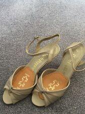 Ladies Hush Puppies Peep toe Sandals Size 5.5 colour beige