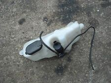 Renault Clio sport cup 172 windscreen washer bottle and pump.