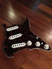 Fender Deluxe Super Strat Stratocaster Hot Alnico Pickups Tortoise Pickguard