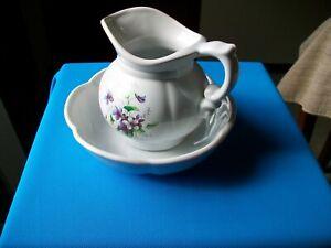 VINTAGE MCCOY POTTERY PITCHER AND BASIN #7528 POWDER BLUE PURPLE FLOWERS
