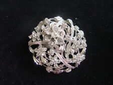 DIAMONTE BROOCH - lots of sparkles - circle of flowers