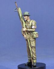 Resicast 1/35 British Medic with Stretcher WWII (includes Optional Head) 355636