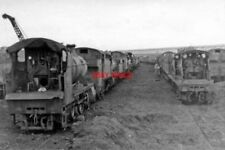 PHOTO  SWINDON WORKS DUMP LOCO SHED 1953 ROWS OF CONDEMNED LOCOMOTIVES WITH 5309