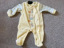 NEW Baby lemon Velour Outfit Size 0-1 Month