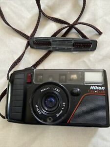 Nikon One Touch L35 AF3 35mm Camera w/ 1:2.8 35mm Macro Lens. Japan. TESTED