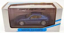 Véhicules miniatures bleus en acier embouti Ferrari
