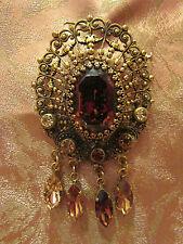 grand pendentif broche vintage fantaisie metal doré ciselé cabochon pampille