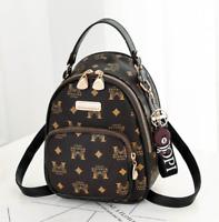 Mini Rucksack Damen Mädchen Umhängetasche Handtasche Leder Bär Anhänger Schwarz