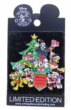 RARE WDW MICKEY & FRIENDS Merry Xmas 2005 LE 500 Disney Trading Pin