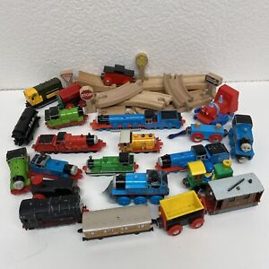 Lot Of ERTL Die Cast Plastic Wood Thomas The Train Tank Engine & Friends 1990's