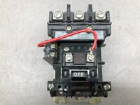 NEW NO BOX ALLEN BRADLEY SIZE 1 27 AMP 600VAC 120 VAC COIL 3 POLE CONTACTOR 500-