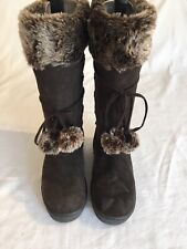 Golddigga Ladies, Girls brown suede Pull On Winter Boots Size 3 (95C).