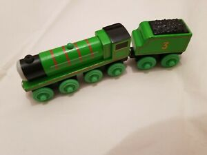 Thomas The Tank Engine & Friends WOODEN HENRY TRAIN WOOD COMBINED POSTAGE