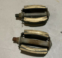 1960s Excel Inc. U.S.A Bicycle Bow Pedals Sears Spaceliner