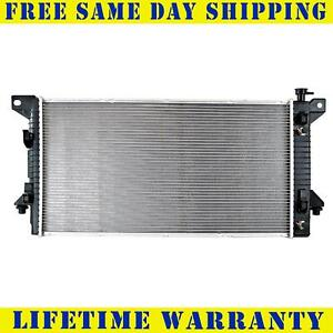Radiator For 2009-2014 Ford Expedition F150 V8 4.6L 5.4L Fast Free Shipping