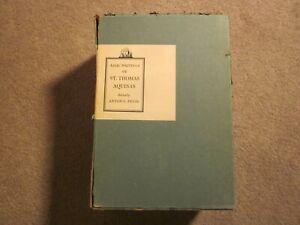 Basic Writings Of St. Thomas Aquinas Summa Theologica 2 Volumes with Slipcase