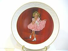 """SHIRLEY TEMPLE COLLECTOR PLATE """"BABY TAKE A BOW"""""""