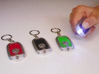 24x Schlüsselanhänger Taschenlampe Mini LED Lampe inkl.Batterie 6,5cm