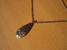 Lange zilverkleurige ketting met zilverkleurige druppel hanger NIEUW
