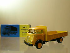 LION CAR No23 DAF1100 6 STREPER FRONTSTUUR TRUCK COLOUR YELLOW + BOX SCALE 1:50