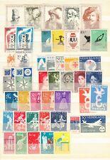 Nederland 12 ongebruikte series jaren 1956 - 1959 met de volle gom