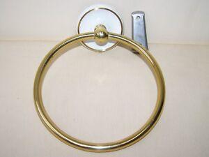 Beautiful Round Towel Holder Metal Diameter 15 CM Bad Bathroom Holder
