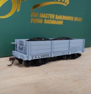 Bachmann TWO On30 Scale 18 foot LOW-SIDE GONDOLAS - GRAY. USA. NEW!!!