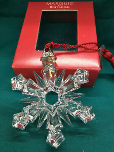 Marquis by WATERFORD -- 2004 SNOWFLAKE - signed by master glass cutter Walsh