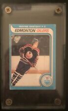 1979 - 1987 O-PEE-CHEE Wayne Gretzky Rookie Card Hockey Card in acrylic case