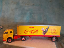 """First Gear-"""" Coca-Cola """" 1953 White 3000 Tractor With 30' Trailer 1/34 #19-3264"""