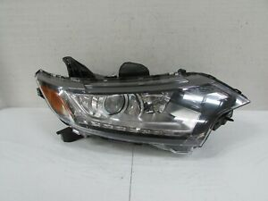 2016-2019 MITSUBISHI OUTLANDER OEM RIGHT HALOGEN HEADLIGHT WITH LED ACCENT E1