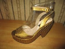 NWOB women's LULU GUINNESS gold wedge heels - sz 38 1/2 - MSRP 325$ - BERYL SHOE
